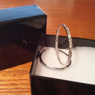 Shadora Diamond Accent Sterling Silver Hoop Earrings Review