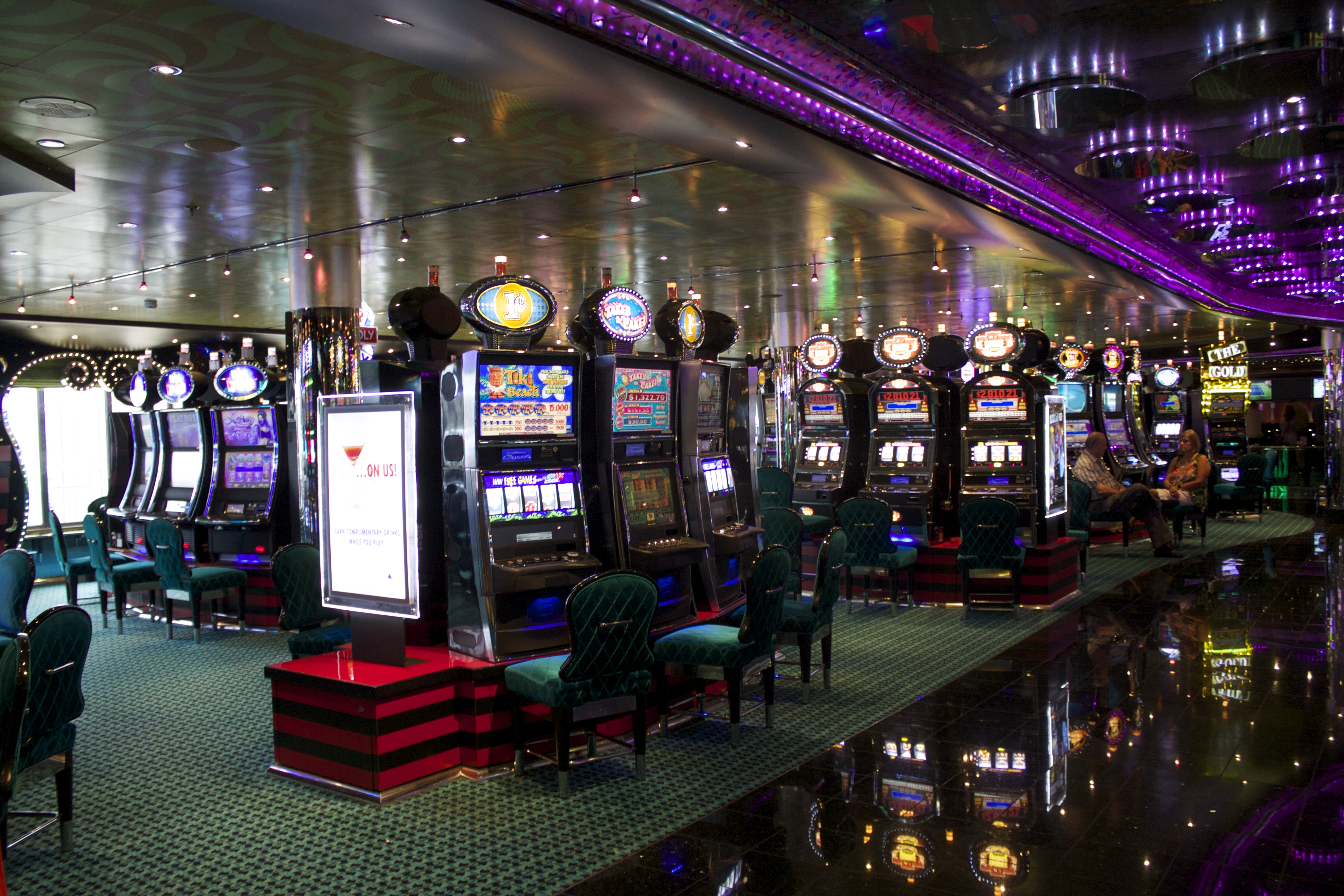 Carnival cruise gambling age casino trapdoor