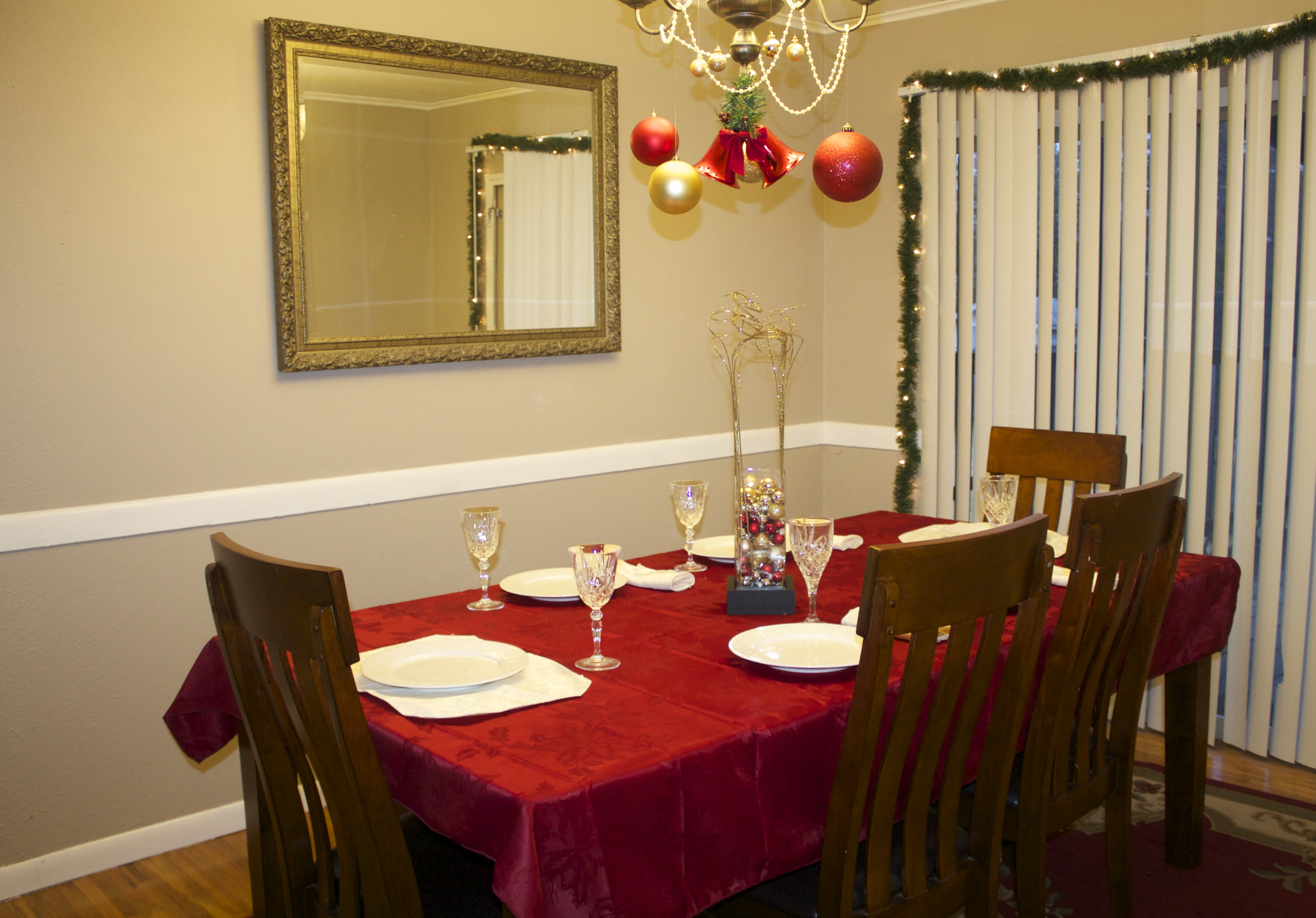 holiday dining room makeover