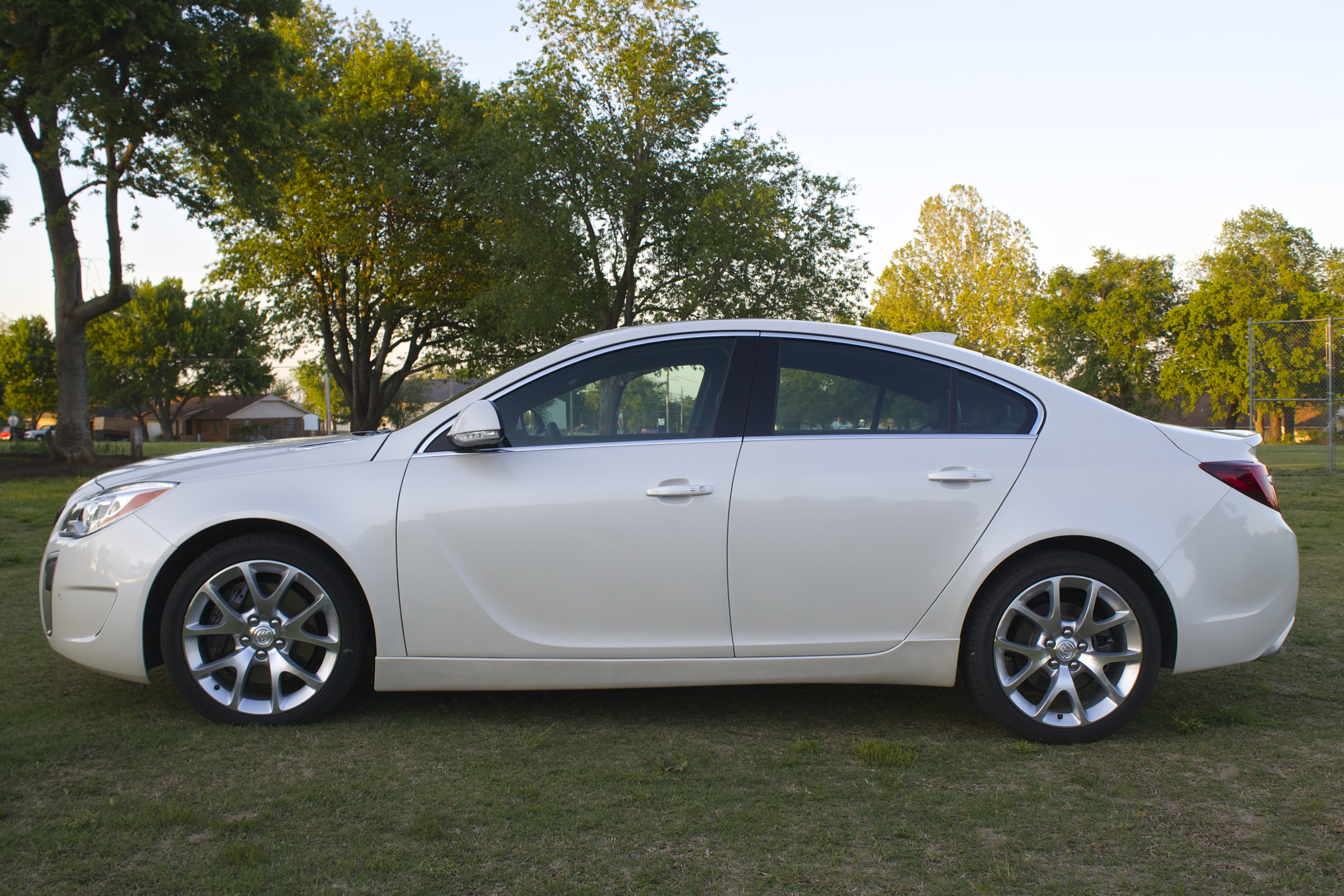 why you should consider the 2015 buick regal gs. Black Bedroom Furniture Sets. Home Design Ideas