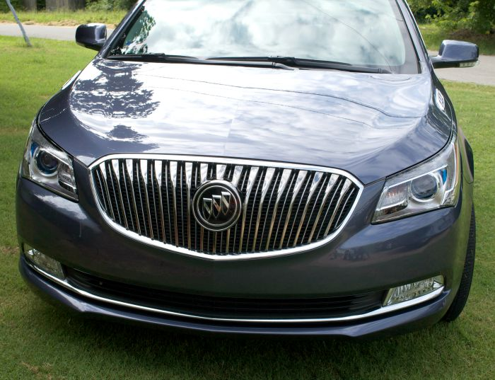 buick lacrosse review