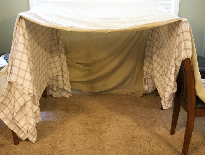 Step By Instructions On How To Make A Blanket Fort