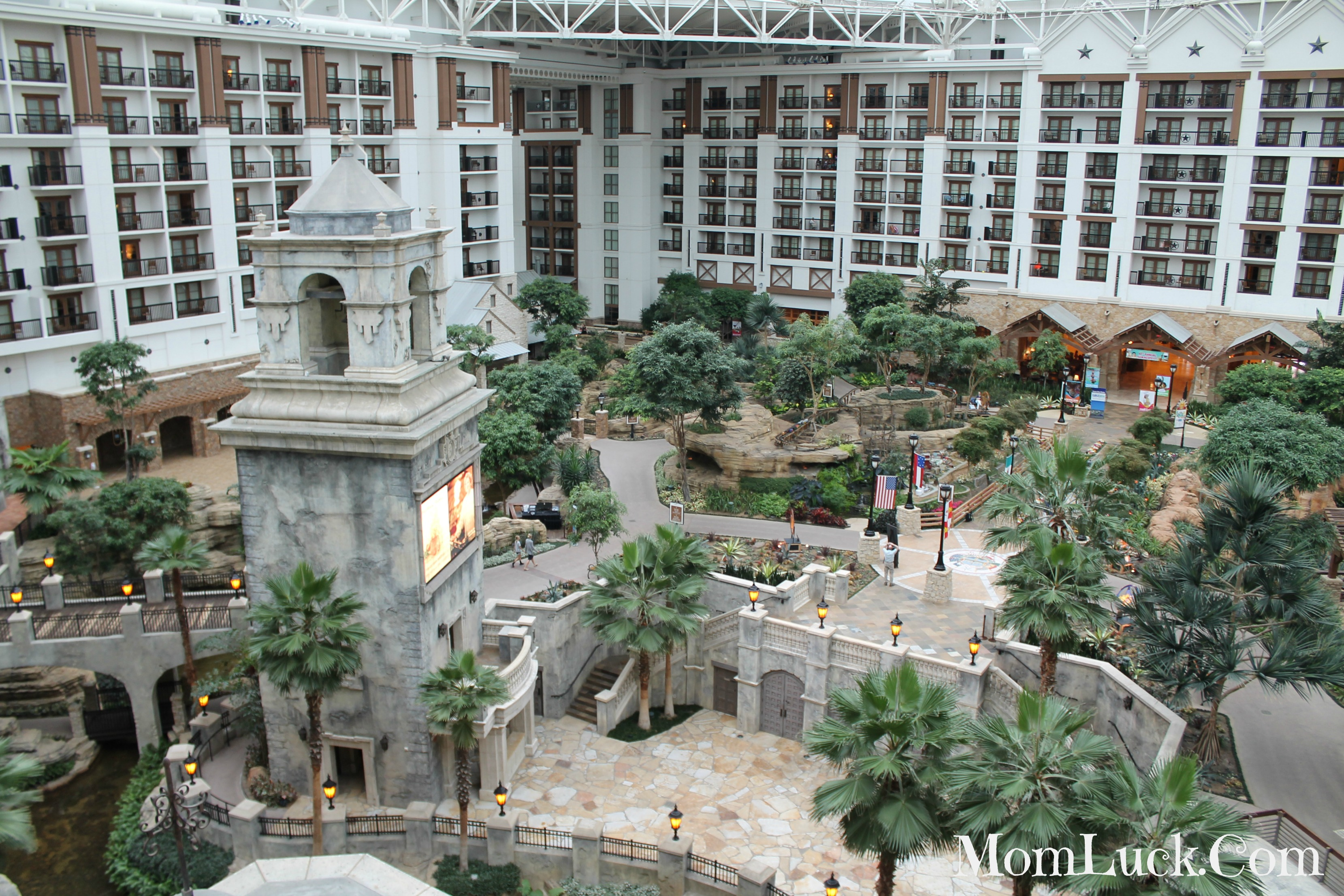 Gaylord Texan Resort Dallas Texas Hotel Review Summerfest Review