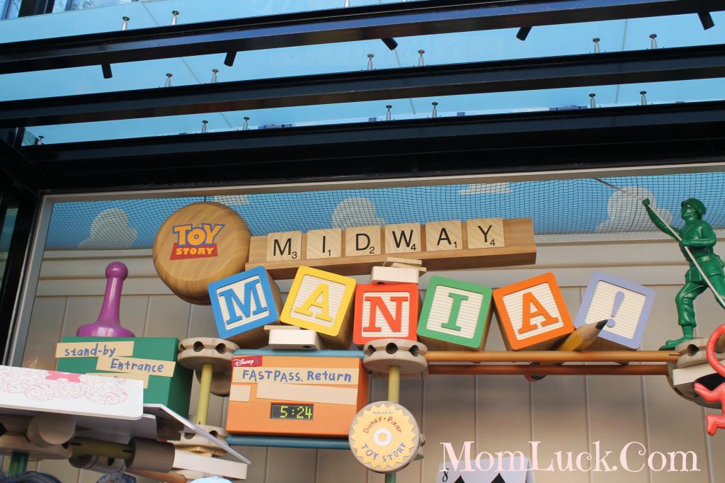 toy story mania ride-Disney Rides