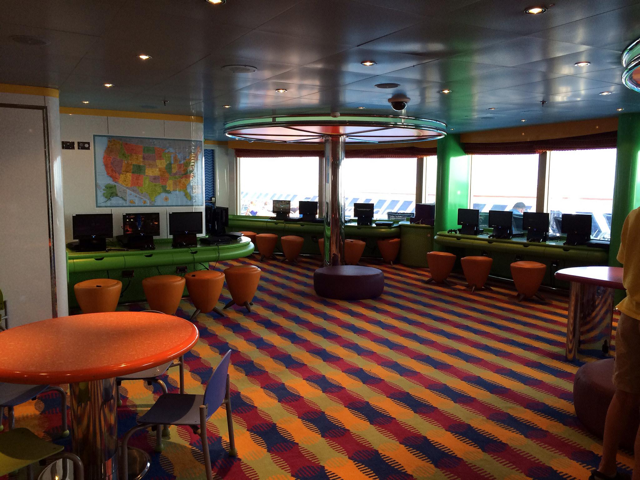 camp carnival cruise