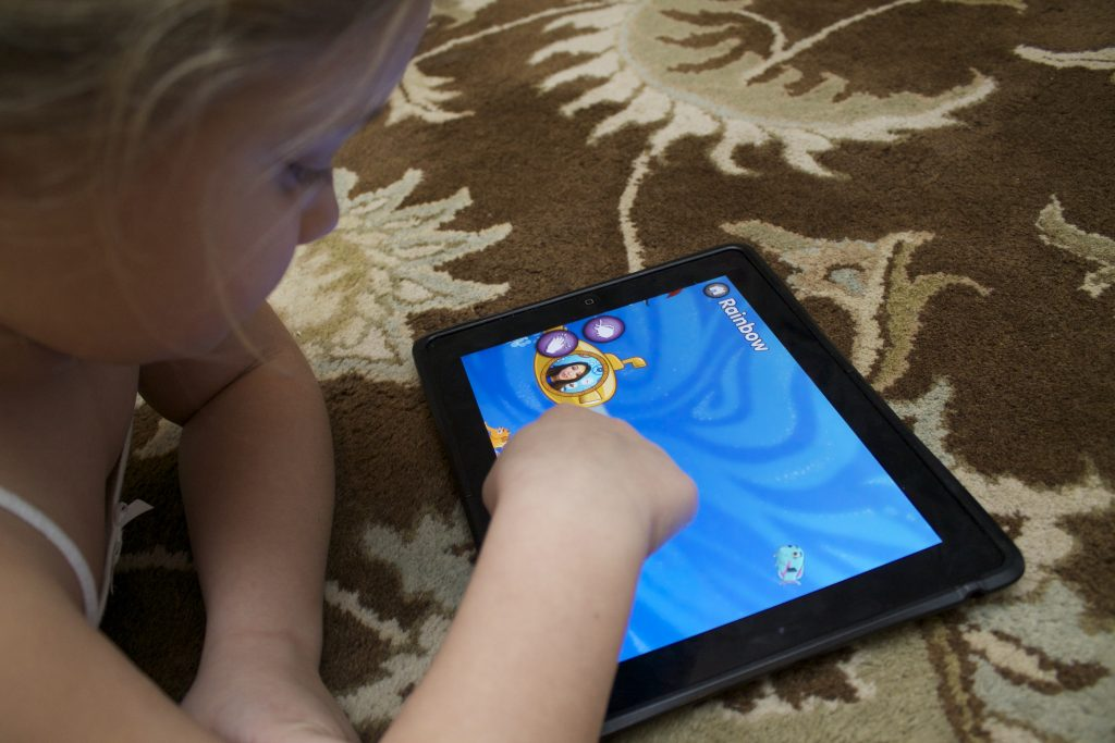 captain mcfinn swim and play-great apps