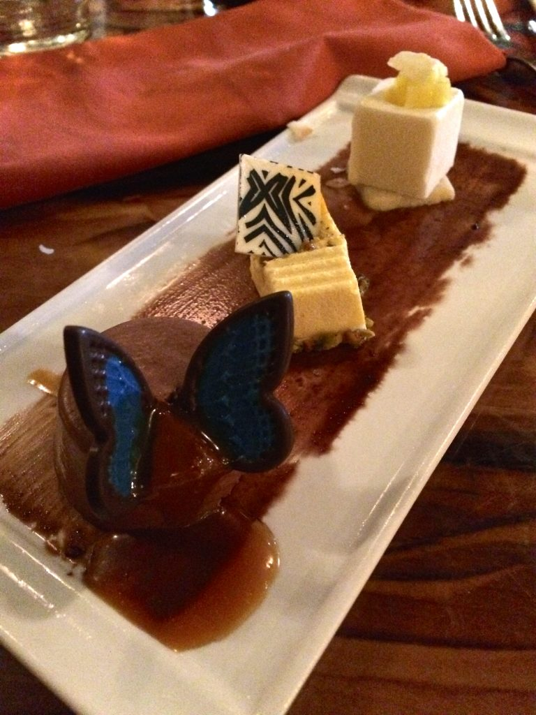review sanaa at disney-dessert