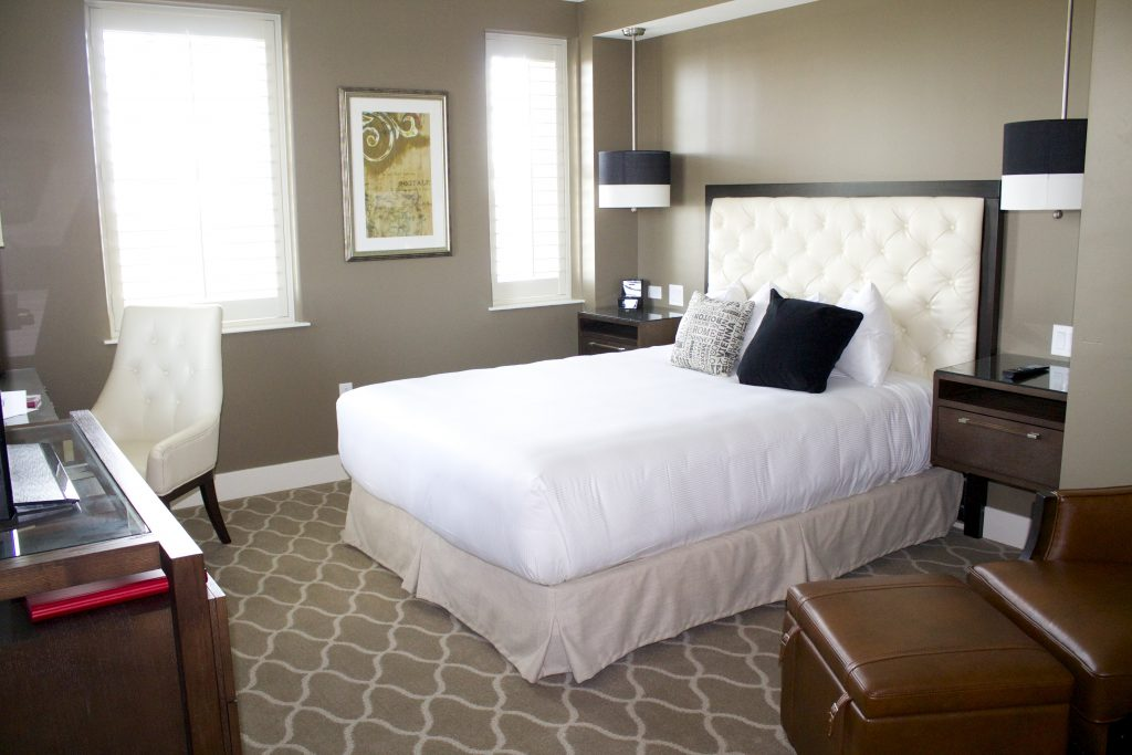 ambassador hotel OKC room pictures