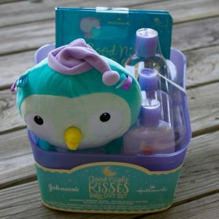 Good-Night Kisses Baby Gift Set Review and Giveaway