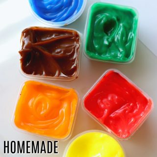 Homemade Finger Paint That IS Safe To Eat!